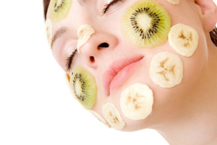 وصفات تجميلية طبيعية التخلص من الهالات السوداء أسنان بيضاء وجه مشرق